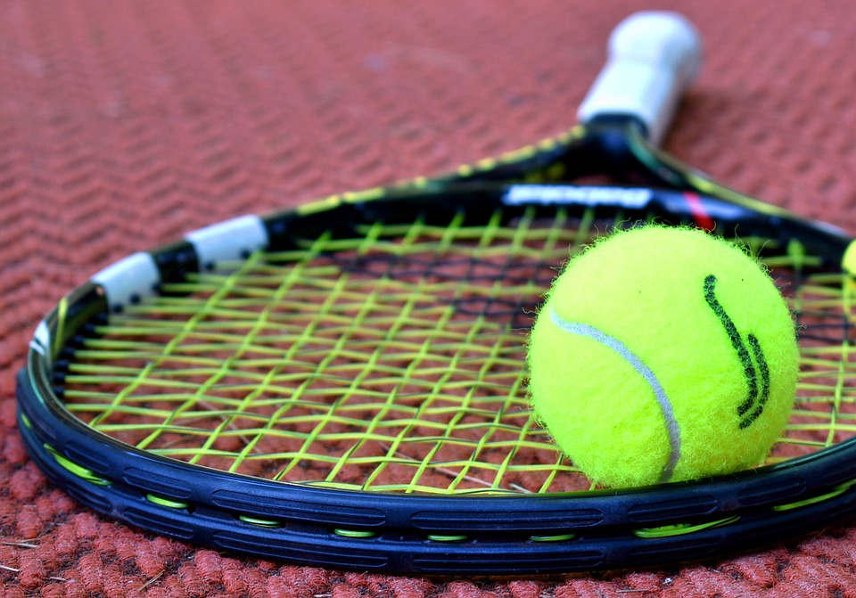 Tennisracket bespannen